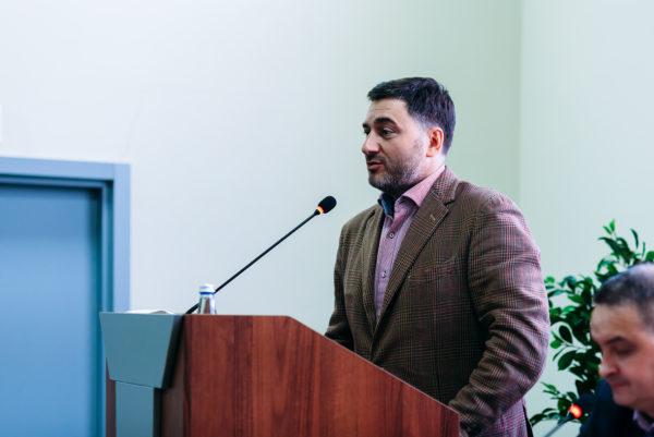 Антон Третьяков